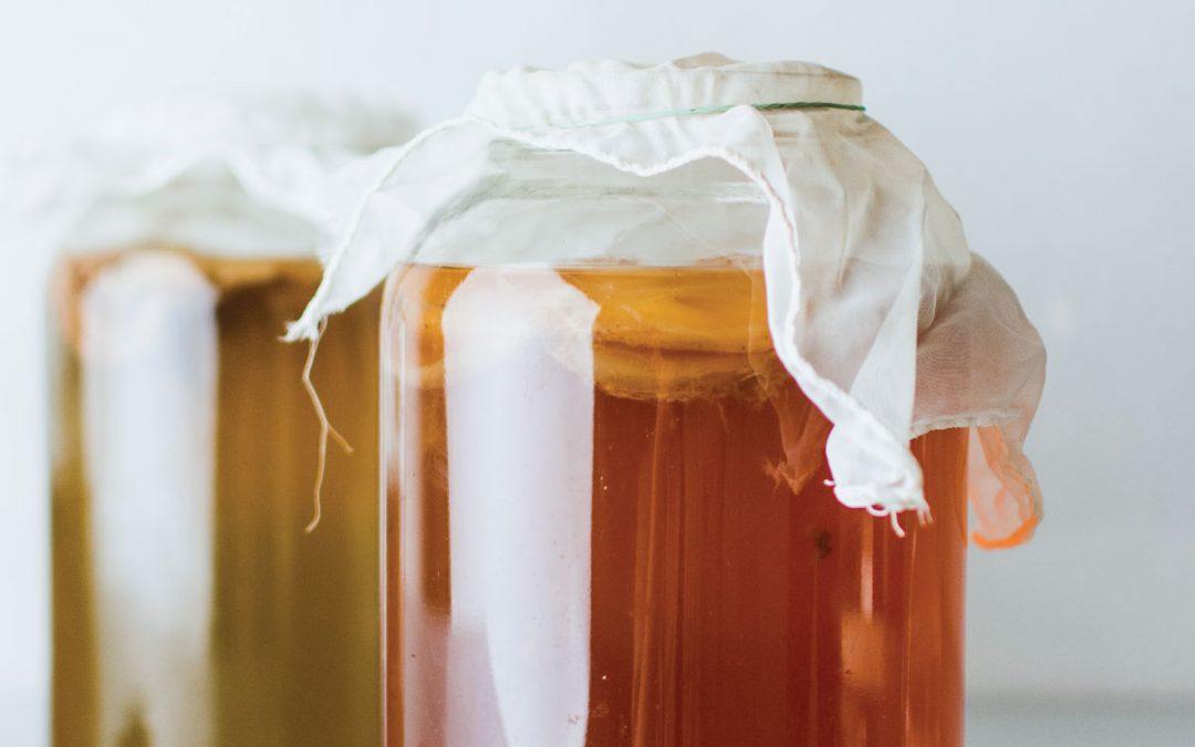 Kombucha: de ultieme gids! Leer alles over het veelzijdige drankje